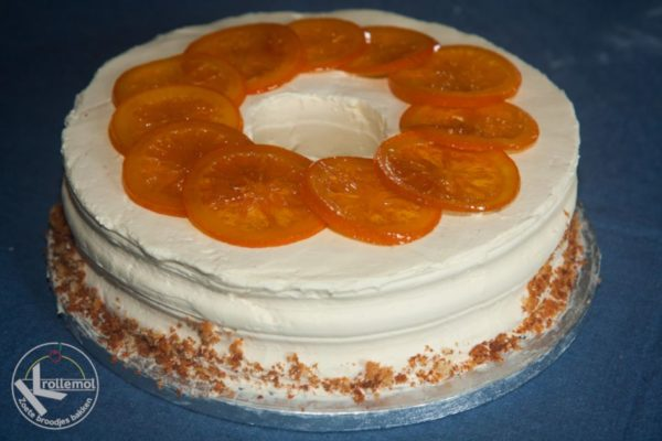 chiffon cake met sinaasappel